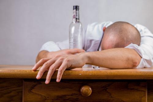 алкоголик, психолог, советы