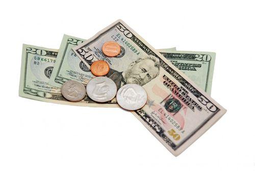 Почему мужчина должен распоряжаться деньгами в семье